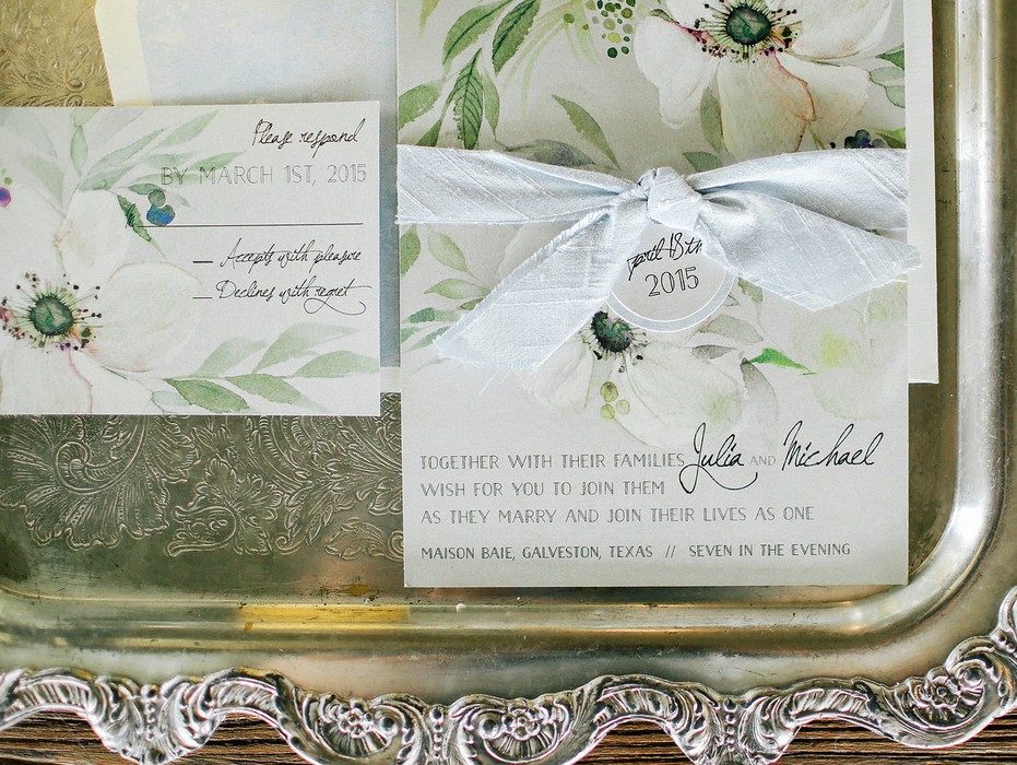 white-flower-wedding-invitation