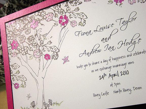 fiona_fuchsia_tree_wedding_invitation