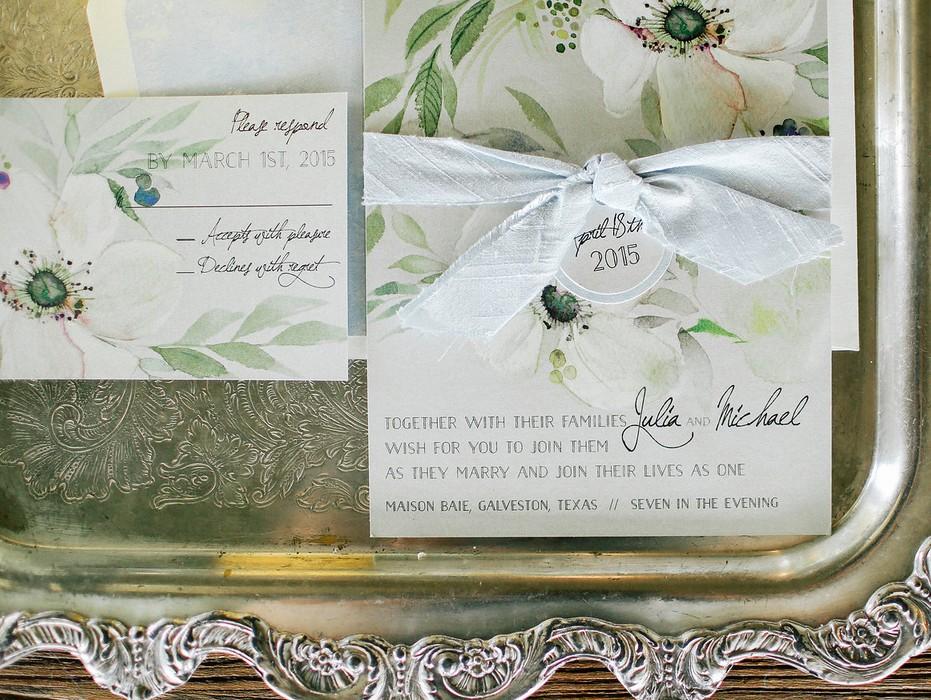 white-flower-wedding-invitation