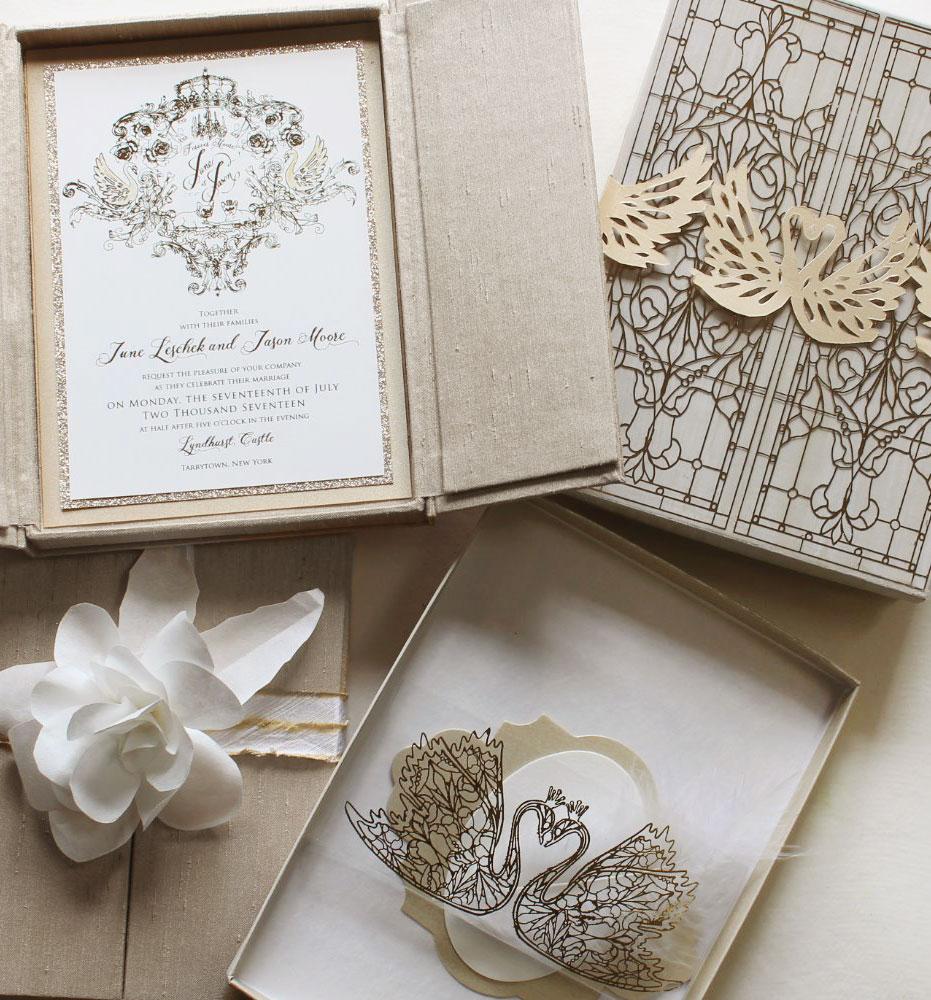 sculpted-bloom-wedding-invitation